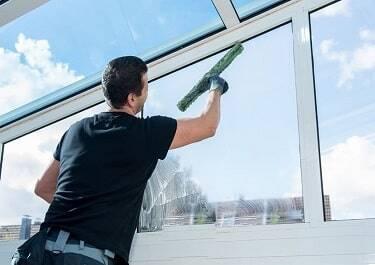 почистване-на-прозорци-бургас
